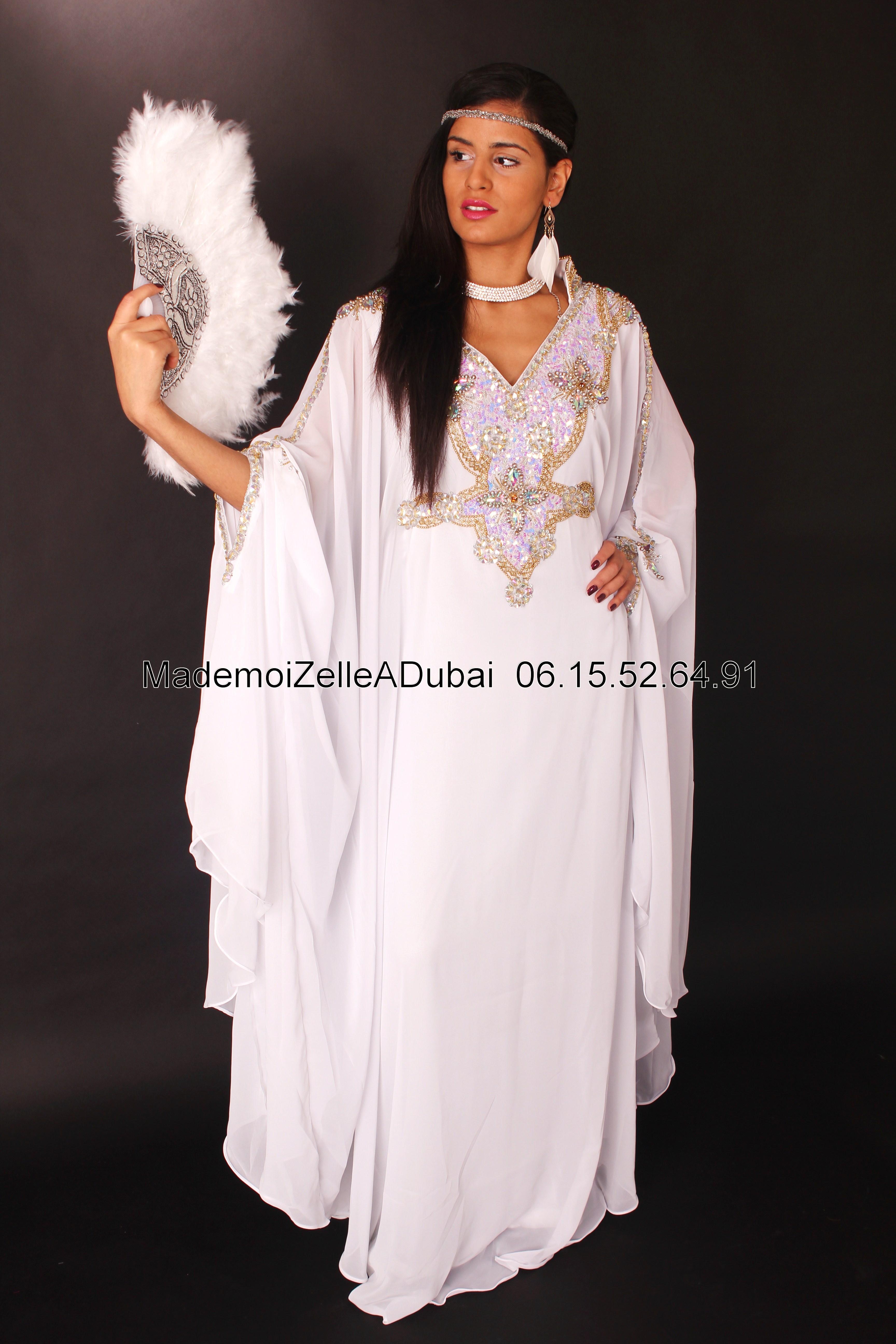 Pin negafa location robe soir mariage montekao genuardis for Boutique de location de robe de mariage dubai