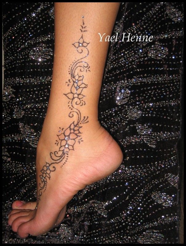 Maori tattoo cuisse tatouage fleur et arabesque modele kootationcom tattoo tattooskid - Tatouage maori cuisse ...